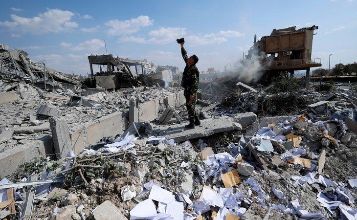 Varias zonas de Damasco han quedado destrozadas tras el ataque