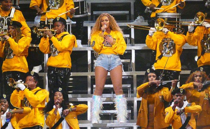 Beyoncé durante su actuación en Coachella