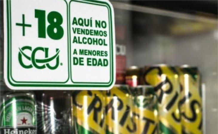 6 de cada 10 menores adquieren bebida en los establecimientos sin ningún problema