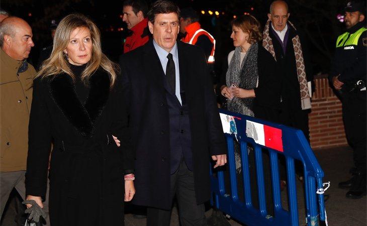 Diana y Juan Carlos, padres de Diana Quer, en el funeral