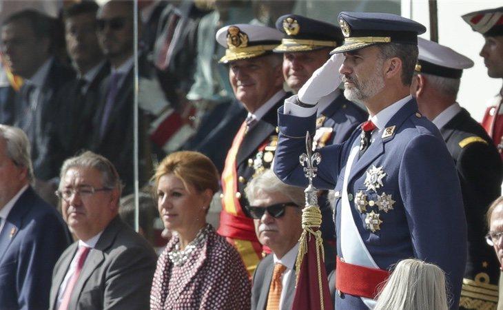 Felipe VI ejerce como teniente de los tres ejércitos dada su condición de Jefe de Estado