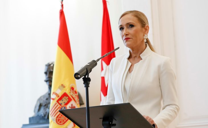 Cristina Cifuentes durante la comparecencia en la que dimitió como presidenta de la Comunidad de Madrid