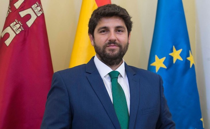 El PP apuesta por la vía murciana y buscará presentar un candidato sin pasado político relevante