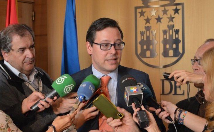Alfonso López Serrano, diputado raso con cierta presencia en los medios, aparece en las quinielas