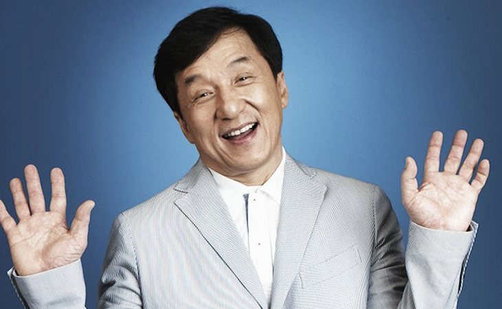 Jackie Chan padre de Etta Ng