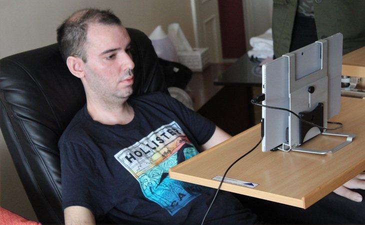 Jorge lucha por visibilizar la vida de los enfermos de ELA