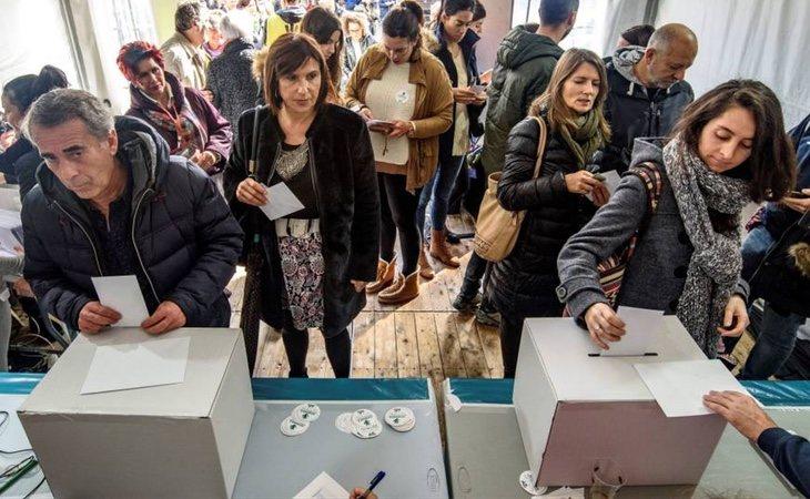 El nacionalismo vasco también está organizando consultas independentistas en Navarra