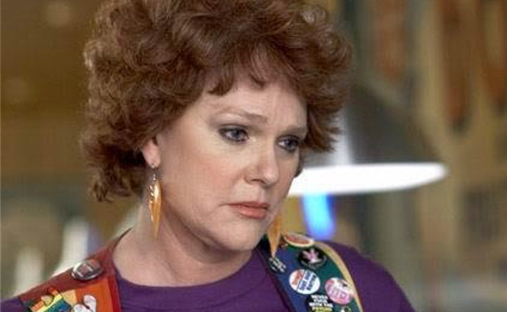 Sharon Gless como Debbie Novotny en 'Queer as folk'