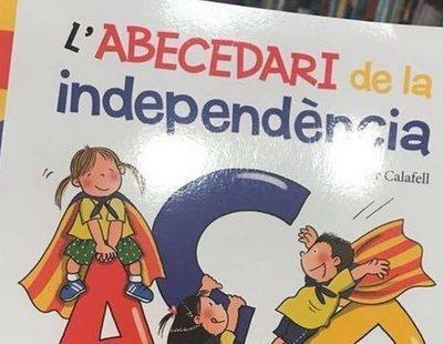 Castigados por hablar español en clase: Educación estudia 24 denuncias por adoctrinamiento independentista en colegios catalanes