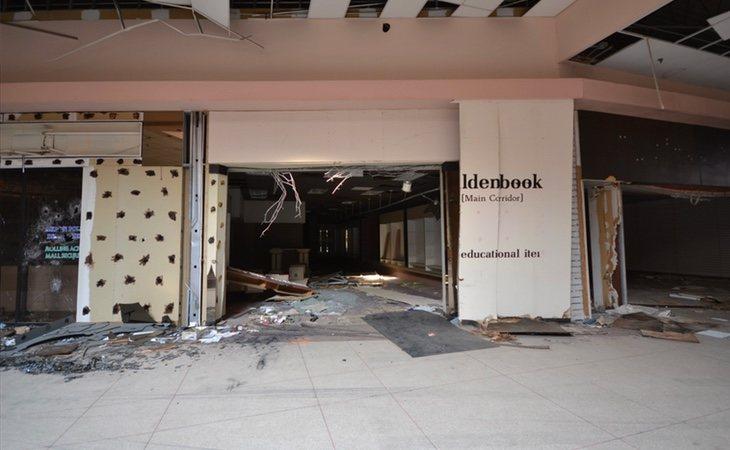 Las tiendas han quedado completamente abandonadas