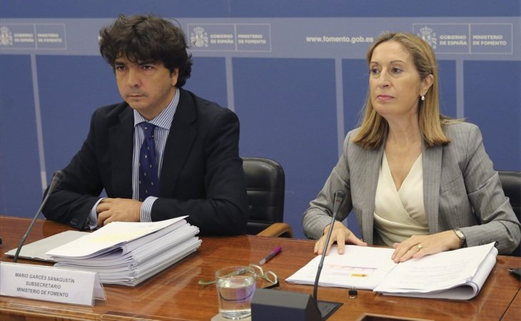 Mario Garcés (dcha) ha planteado la posibilidad de forzar el cierre de Forocoches
