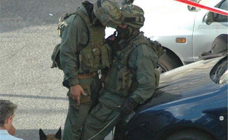 Los homófobos piensan que ser gay y pertenecer al ejército no es compatible