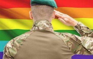 La 'Bomba gay', el arma secreta de EEUU para que los soldados enemigos se lien entre ellos