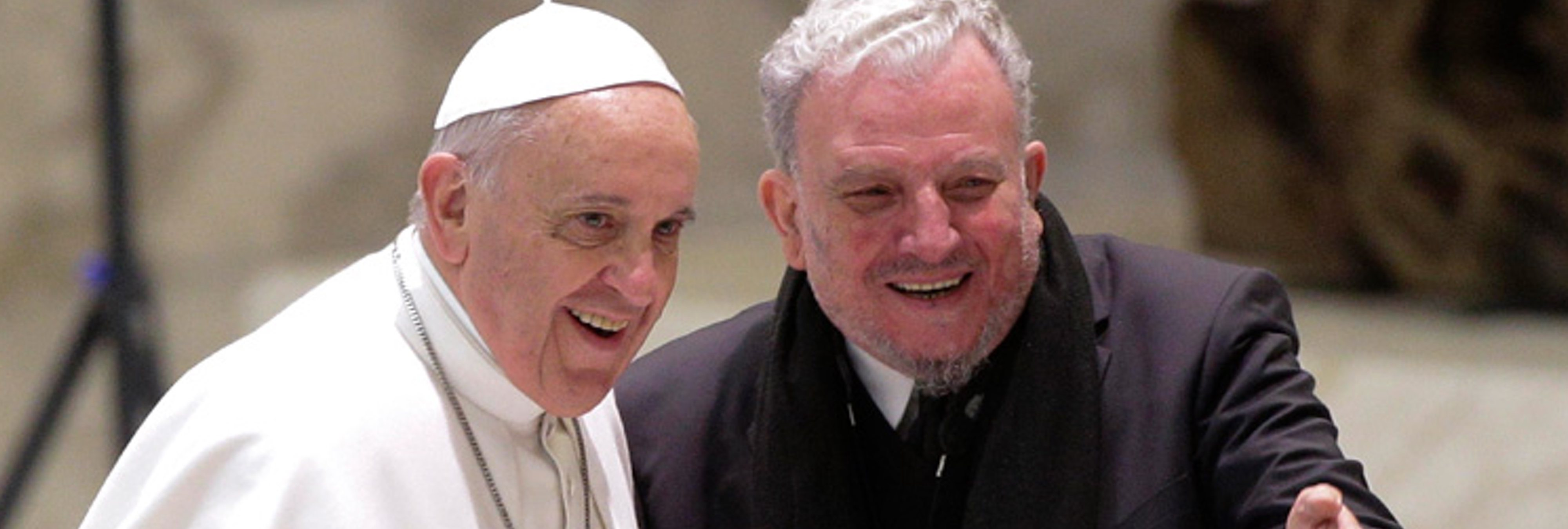 Así es el líder de 'los kikos', la secta católica más temida por los obispos