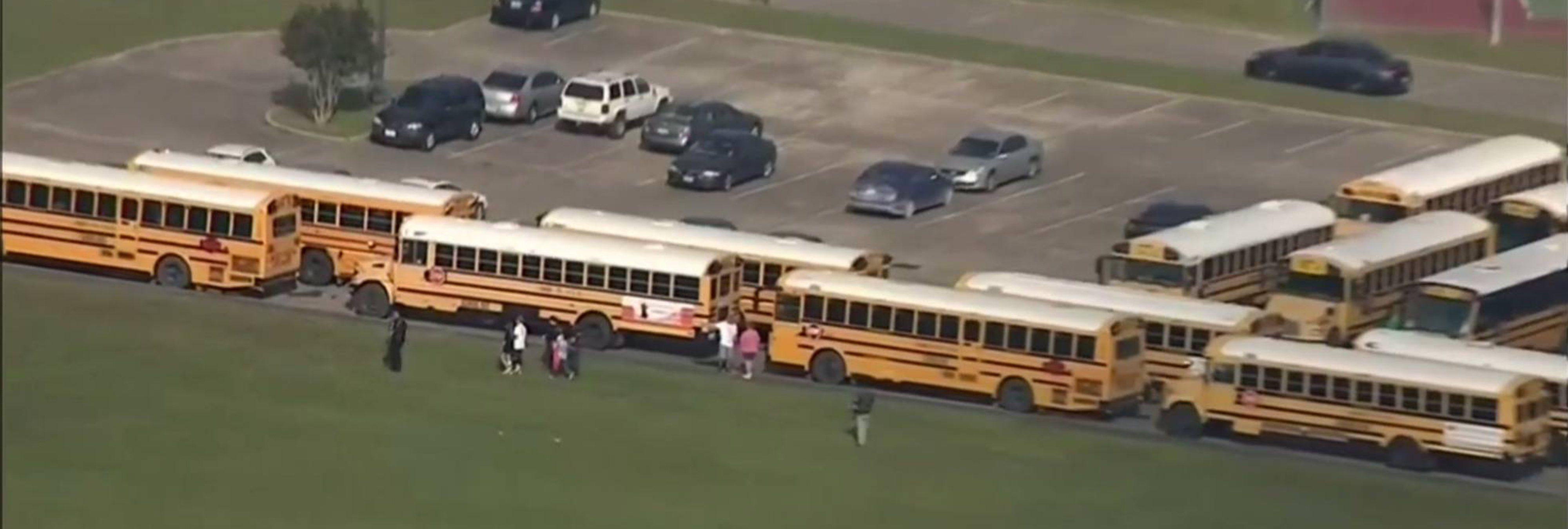 Al menos ocho muertos en un tiroteo en un instituto de Texas