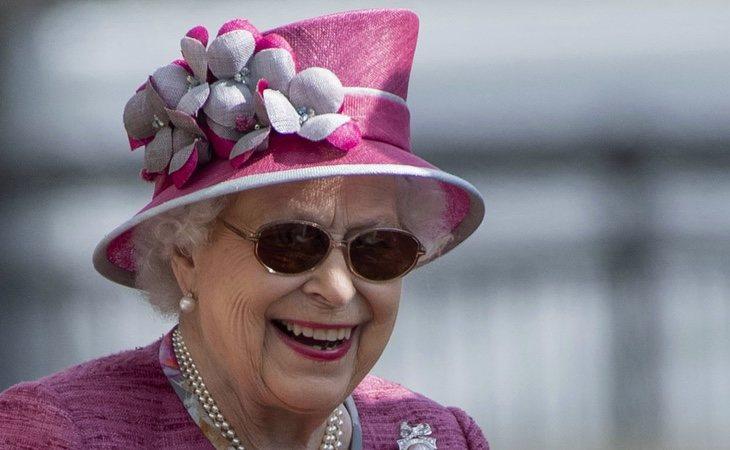 Eterna reina Isabel II