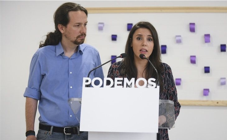 Pablo Iglesias e Irene Montero anunciaron que se marcharán del partido si así lo desen los militantes