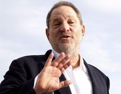 El todopoderoso Harvey Weinstein se entrega a la policía