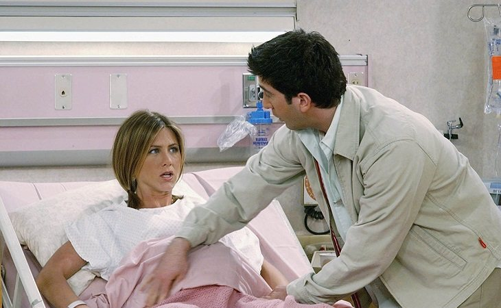 Rachel y Ross a punto de ser padres