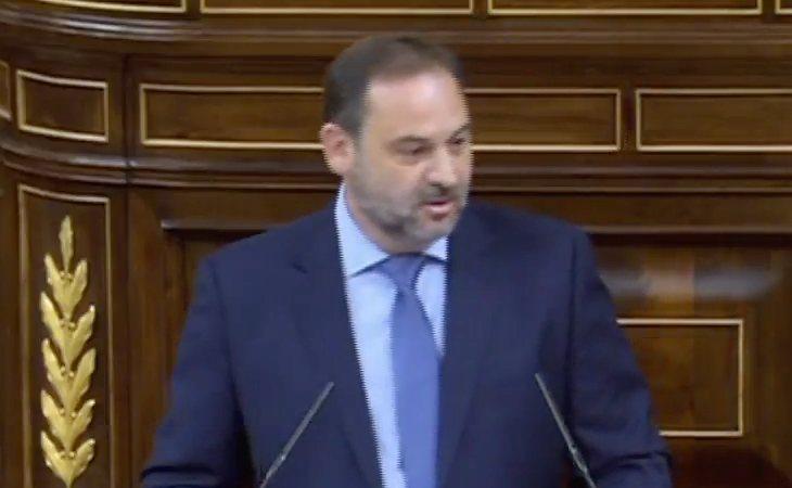 Ábalos (PSOE) acusa al PP: 'Las instituciones les importan en tanto pueden tener el poder'.