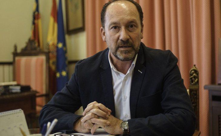 El alcalde asegura que es objeto de una campaña de desprestigio en su contra