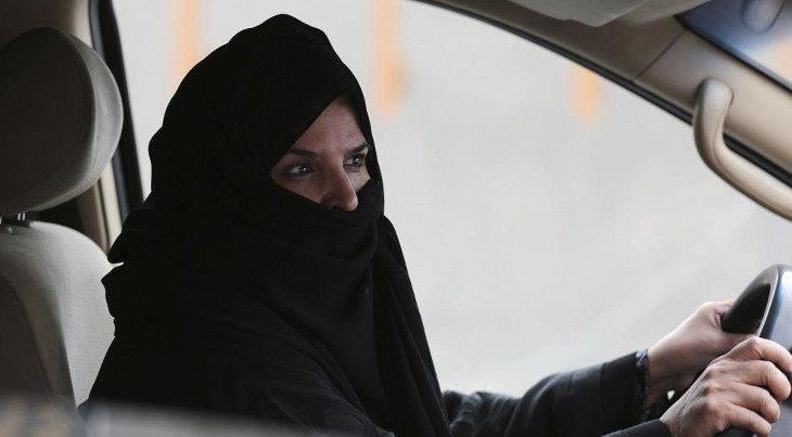 Pronto las mujeres sauditas podrán conducir