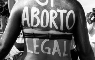 Crean un 'Robot del aborto' que llevará píldoras abortivas a países donde están prohibidas