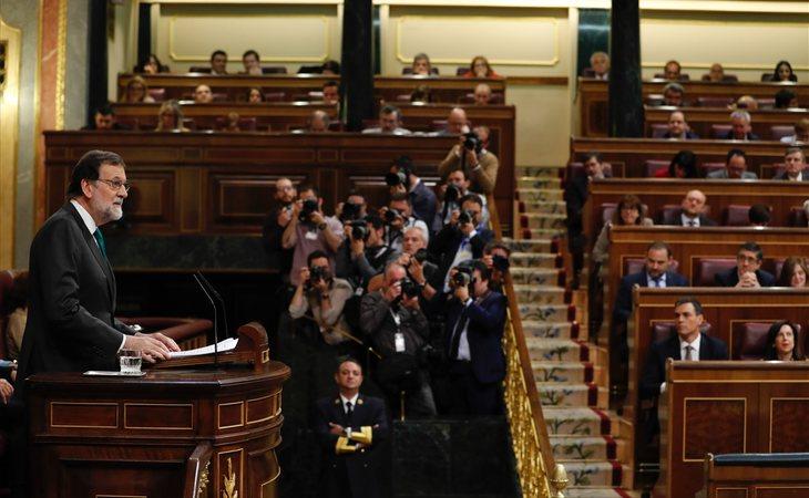 Para que la moción de censura se apruebe son necesarios al menos 176 votos a favor