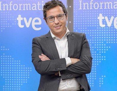 A Sergio Marín, presentador de TVE, no le gustan los gestos feministas del nuevo Gobierno