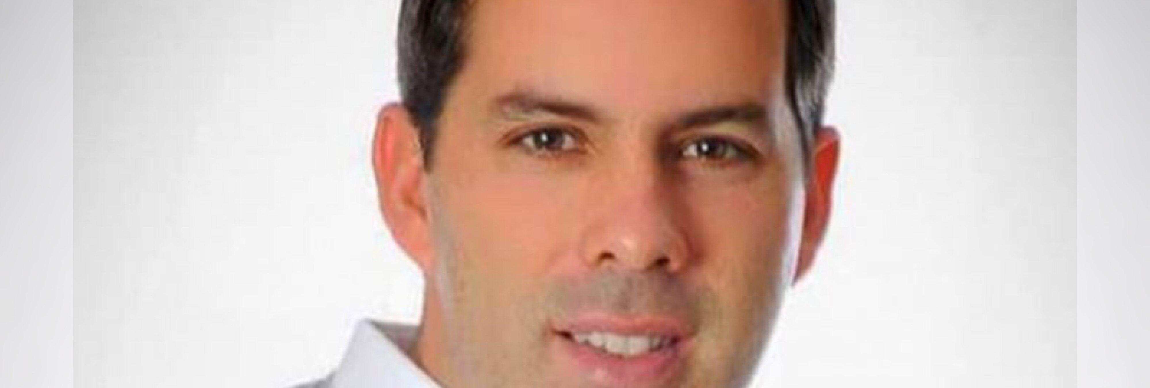 Un político mexicano es asesinado por un disparo en la cabeza mientras se hacía un selfie