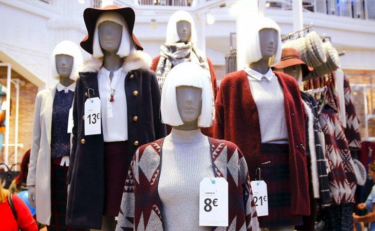 Las cadenas de fast fashion tienen especial interés en renovar sus colecciones de manera continua