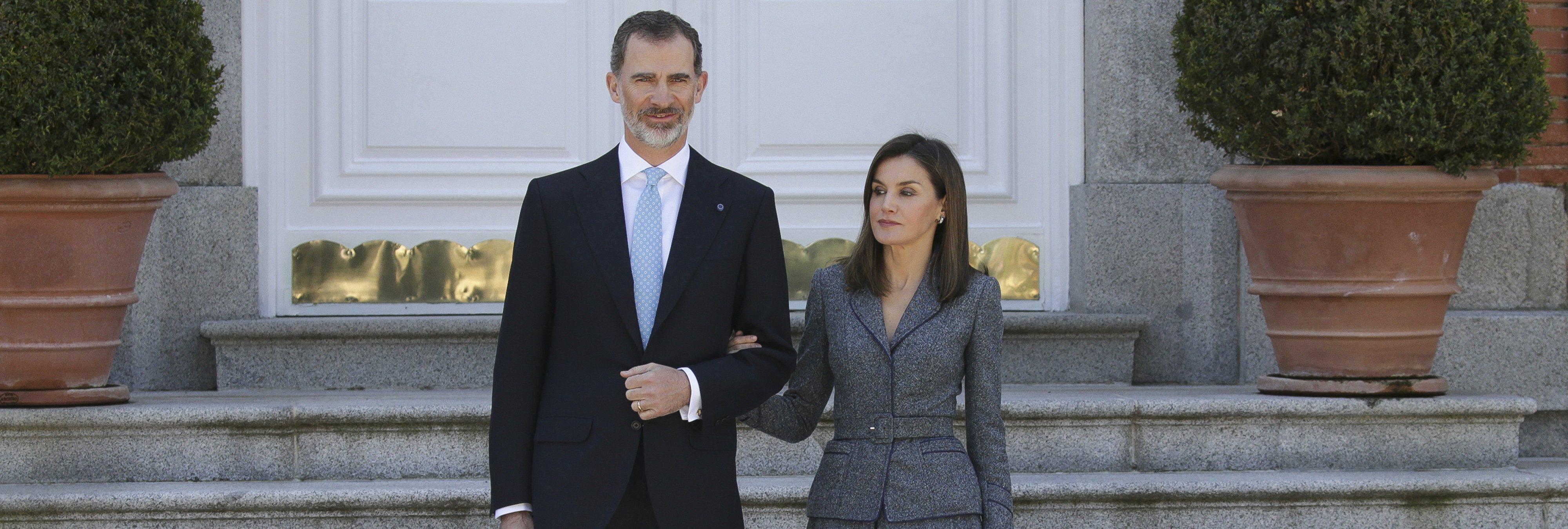 """El rey Felipe """"habría renunciado"""" a doña Letizia si sus padres se lo hubieran pedido"""