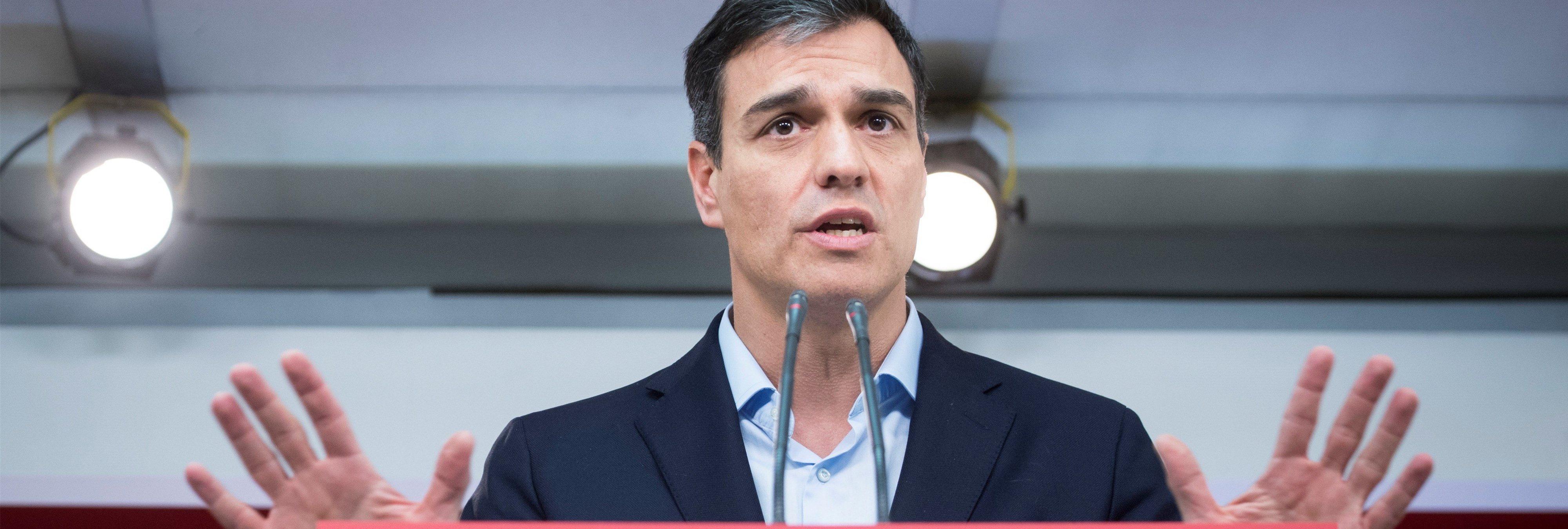 Pedro Sánchez también falseó su currículum