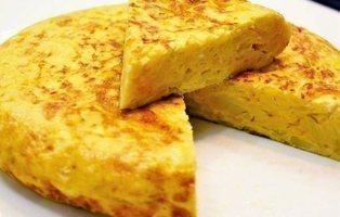 Tortilla de patatas con o sin cebolla: ¿qué prefieren los españoles?