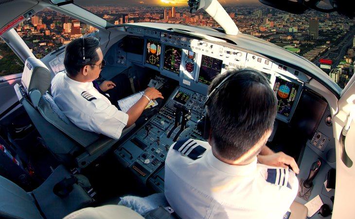 Los pilotos de aviones prefieren irse a China, donde cobran el triple