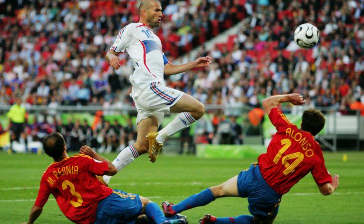 Zidane fue verdugo de España en 2006