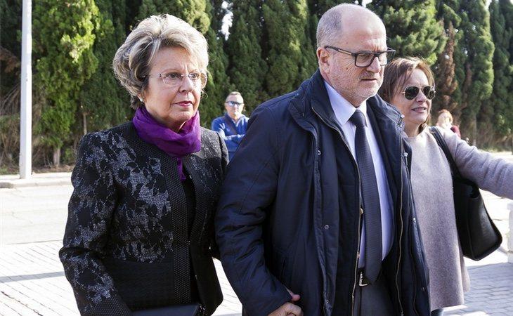 Una de las últimas veces que se pudo ver a María José Alcón en público fue en el entierro de Rita Barberá
