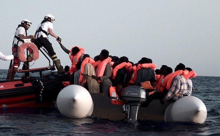 Rescate de las personas que viajaban en el barco Aquarius
