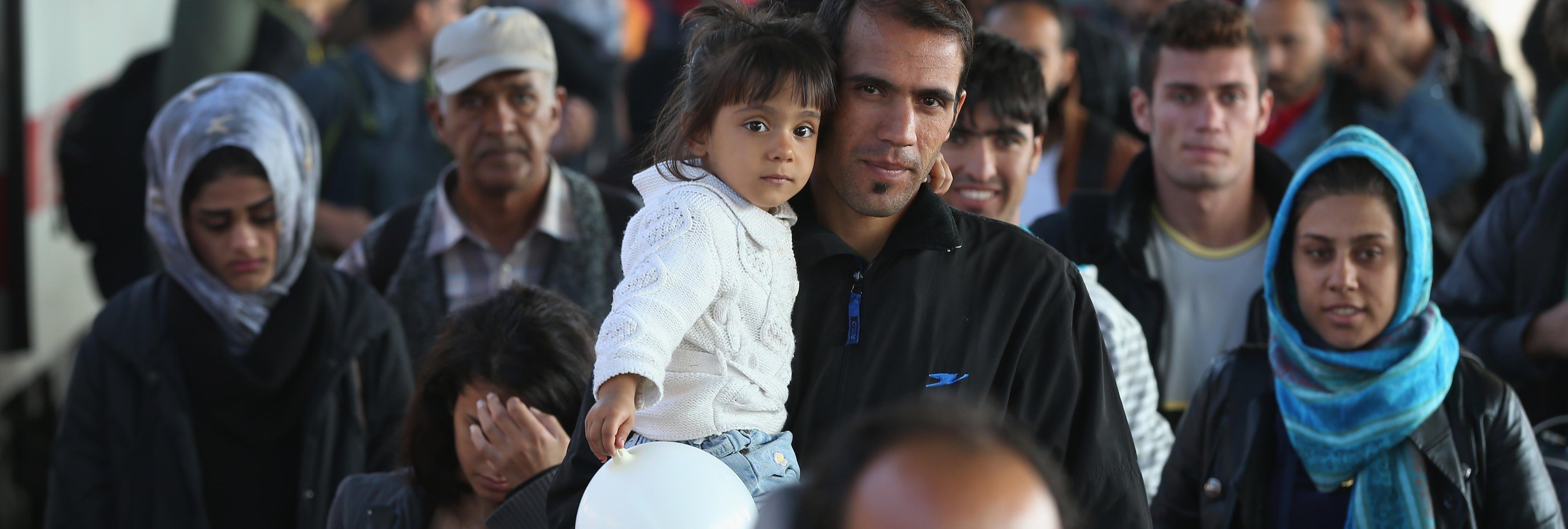 La llegada de inmigrantes y refugiados a Europa hace que las economías mejoren
