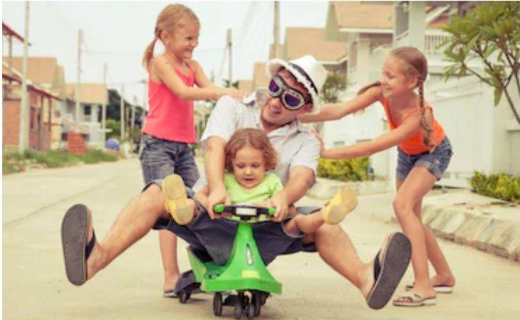 Algunas madres dicen que los padres son más críos que los propios hijos