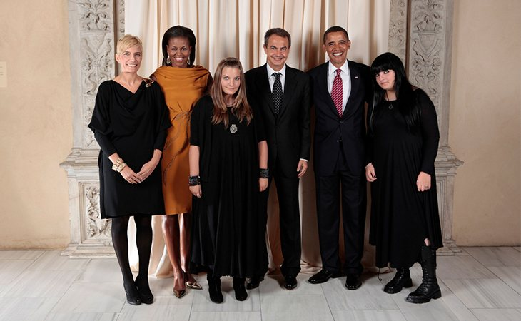 Posado de la familia de Zapatero junto con los Obama
