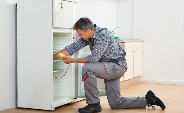 No lo dudes: es mejor pagar por reparar la casa que perder tu tiempo libre en hacerlo