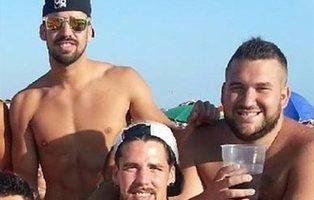 'La Manada' se va de vacaciones: 'El Prenda' a Ibiza y el guardia civil a El Palmar