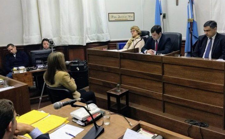 Nahir Galarza declarando durante el juicio