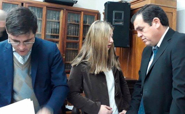 Nahir Galarza junto a sus abogados