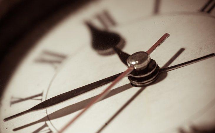 La CE insta a todos los países de la UE a tener la misma hora