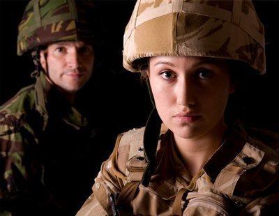 Defensa elimina por fin la discriminación en el Ejército para mujeres con tatuajes