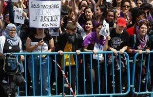 """750 jueces protestan ante la """"presión social"""" contra el tribunal de la sentencia de 'La Manada'"""