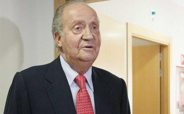 Juan Carlos I pidió perdón ante los medios cuando fue pillado cazando elefantes en Botsuana