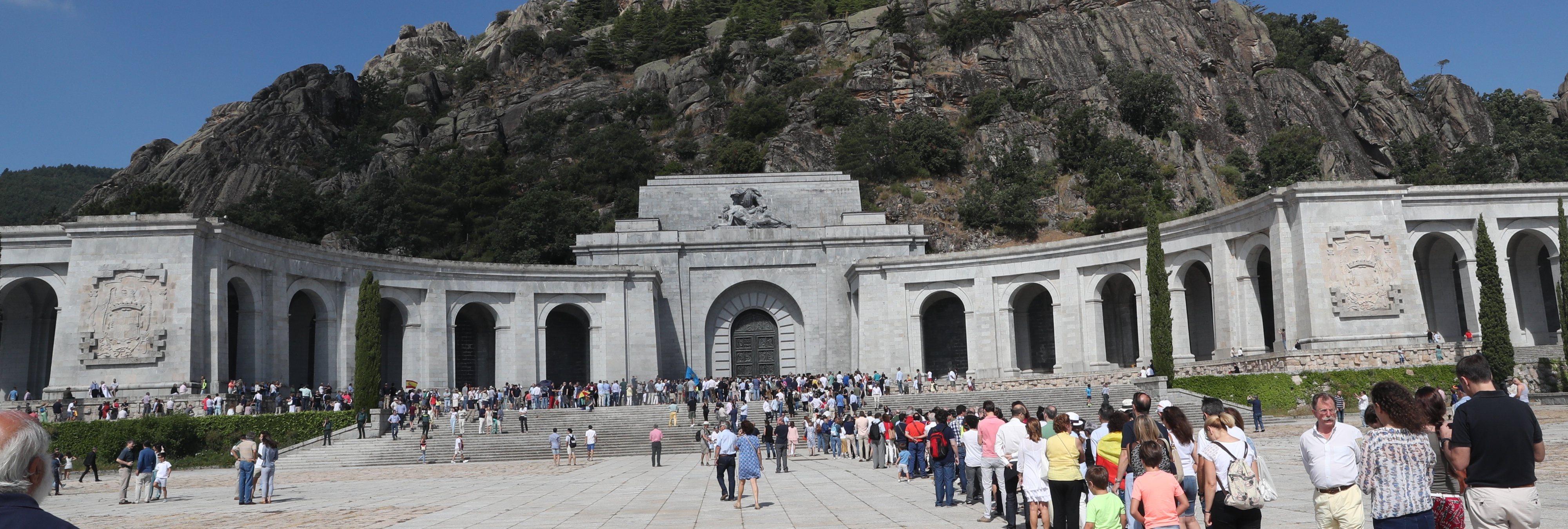 La exhumación de Franco aumenta las visitas al Valle de los Caídos y las concentraciones fascistas